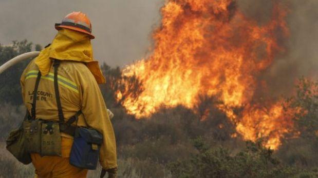 EE.UU.: miles de personas fueron evacuadas por incendios forestales