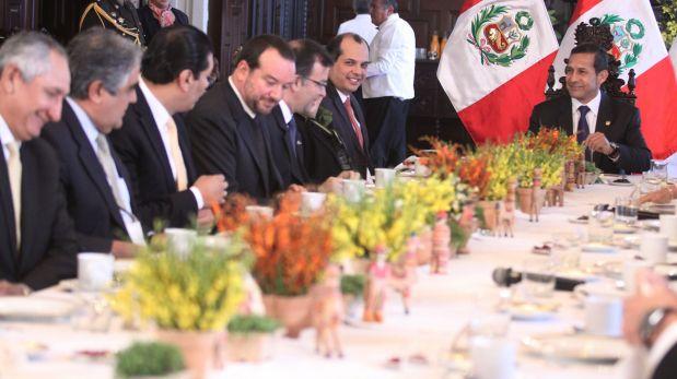 Ollanta Humala se reúne con  los gremios empresariales en Palacio
