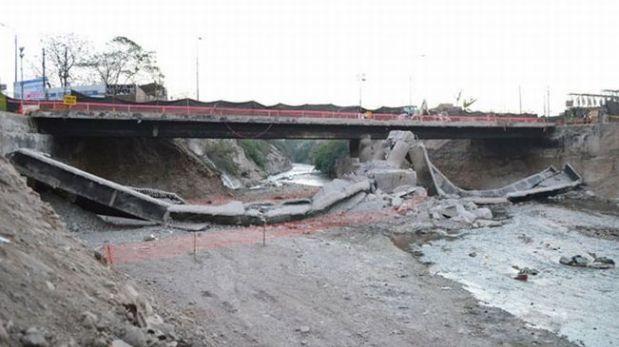 Puente Bailey no cubre ancho total del río Rímac en Av. Universitaria