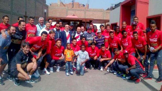 Óscar Avilés animó a la selección en Videna previo al duelo ante Ecuador