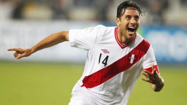 Perú venció 1-0 a Ecuador con golazo de Claudio Pizarro y va con fe a Colombia
