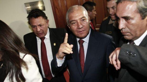 Fujimorismo presentó moción para interpelar a ministro Wilfredo Pedraza