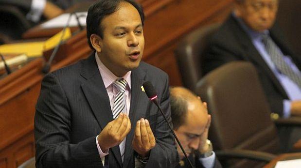 Comisión López Meneses: Díaz Dios no tiene votos necesarios para presidirla