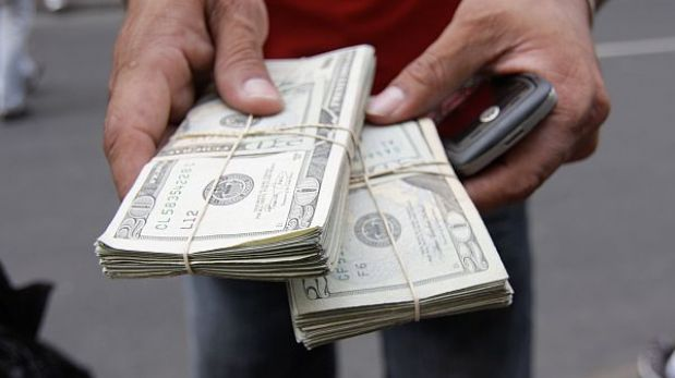 Dólar escala a S/.2,764 y la BVL sube un 0,61% al cierre de la jornada