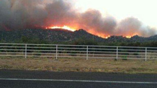 Estados Unidos: 19 bomberos murieron combatiendo incendio en Arizona