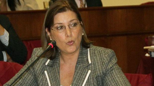 Congreso citará a canciller para responder ante el Pleno por viaje de Humala a Francia