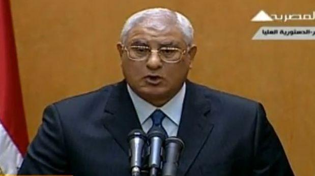 Egipto: Adli Mansur juró como presidente interino tras golpe a Mursi
