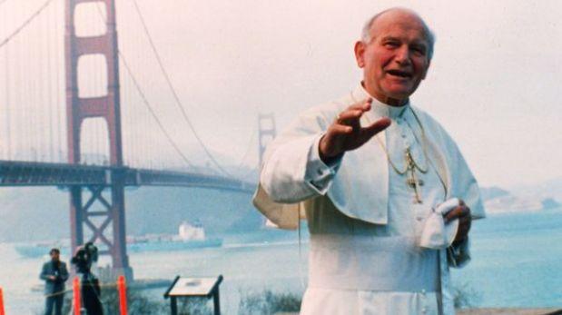 """PERFIL: Juan Pablo II, el """"papa peregrino"""" que pronto será declarado santo"""