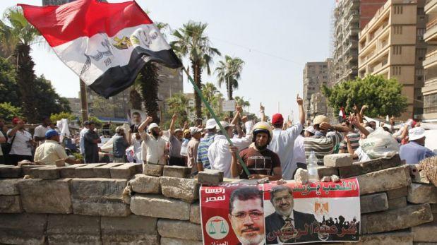 FOTOS: los feroces enfrentamientos que se registraron el viernes en Egipto