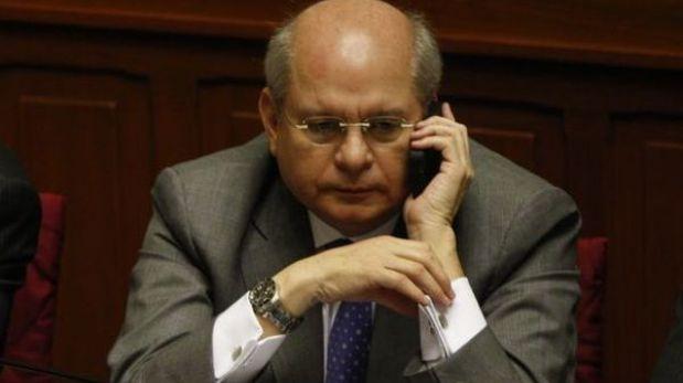 """Panorama"" reveló presunto 'chuponeo' telefónico a ministro Cateriano"