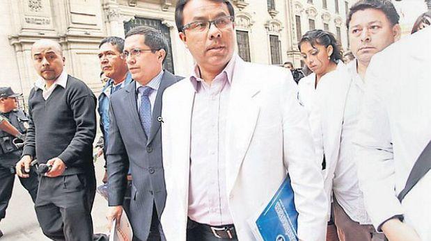 El gobierno denunciará a los médicos si fallecen pacientes por la huelga