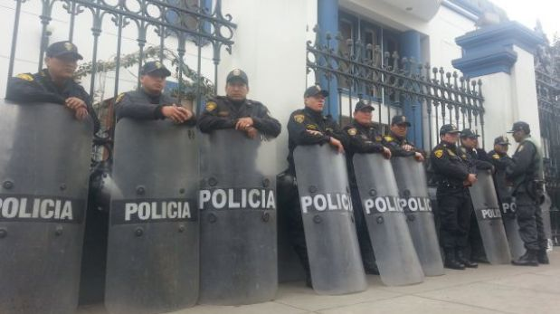 Necropsia de 'Alipio' y 'Gabriel' se realiza bajo gran resguardo policial