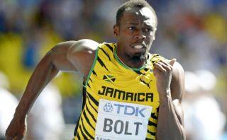 Usain Bolt pasó sin despeinarse primera ronda de 200 metros del mundial