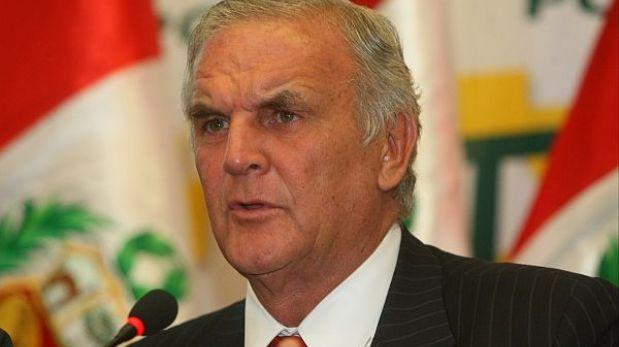 Cita de ex ministros consolidará política contra la delincuencia, opinó Reátegui