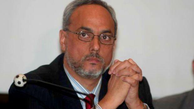 Manuel Burga y sus cinco desatinos más recientes