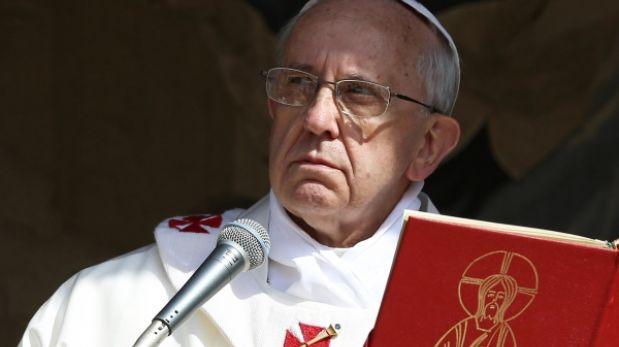 Papa Francisco ruega por el cese de la violencia en Egipto