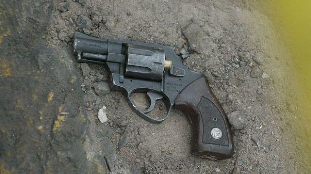 Policía en retiro se suicidó de un disparo en la cabeza en Surco