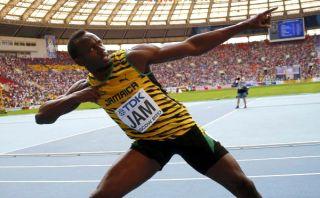Usain Bolt ganó tres oros e igualó el récord de medallas de Carl Lewis