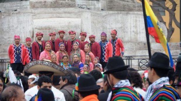 Danzantes de 12 países lucen sus bailes típicos en Trujillo