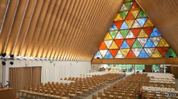 Catedral hecha de cartón en Nueva Zelanda podría durar medio siglo