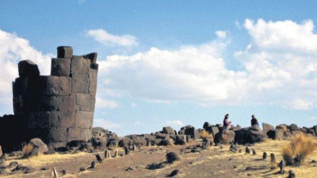 Puno: las torres que miran al lago Umayo