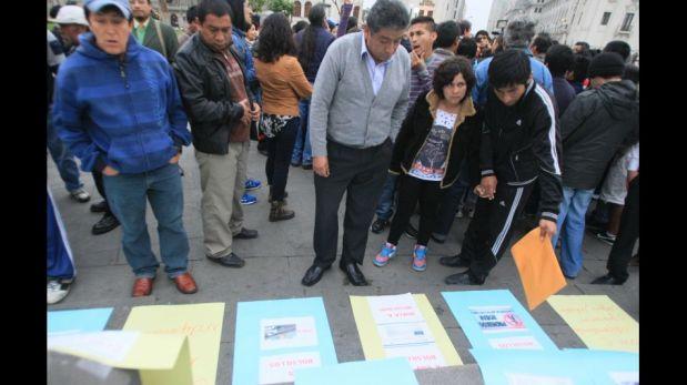 FOTOS: trabajadores independientes realizaron plantón contra norma que los obliga a aportar a las AFP