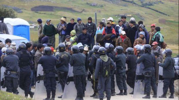 La policía liberó de manera pacífica la carretera Cajamarca-Bambamarca