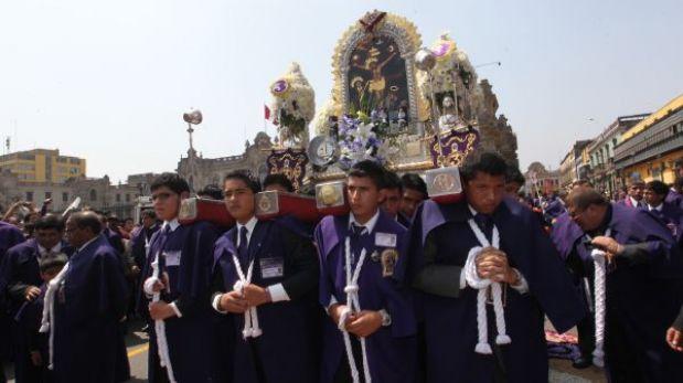 Señor de los Milagros recorrerá hoy las calles del centro de Lima