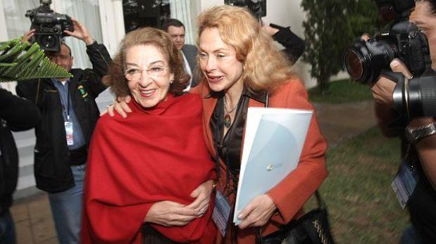 Alejandro Toledo sí trató tema de compra de casas con Eva Fernenbug