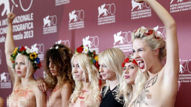 Activistas de Femen posaron en topless en el Festival de Venecia