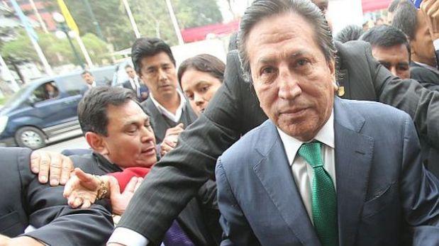 Alejandro Toledo llega esta tarde a Lima para reunirse con militancia de Perú Posible
