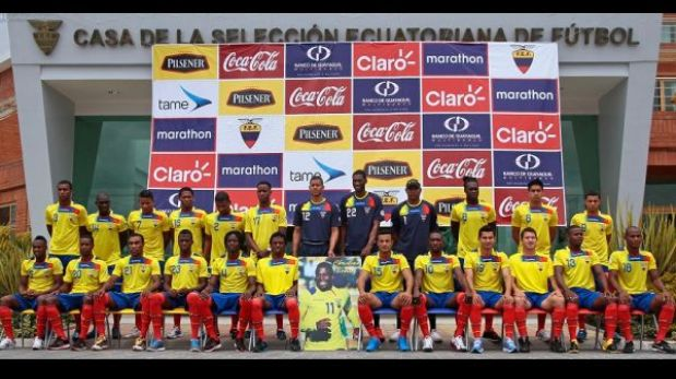 Ecuador se tomó la foto oficial con afiche del 'Chucho' Benítez