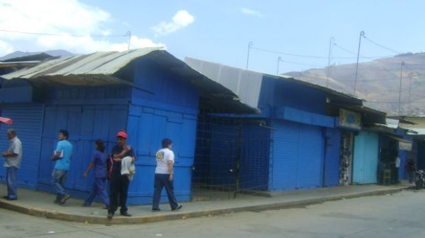 Huánuco: paro de transportistas ocasionó el cierre de negocios y colegios