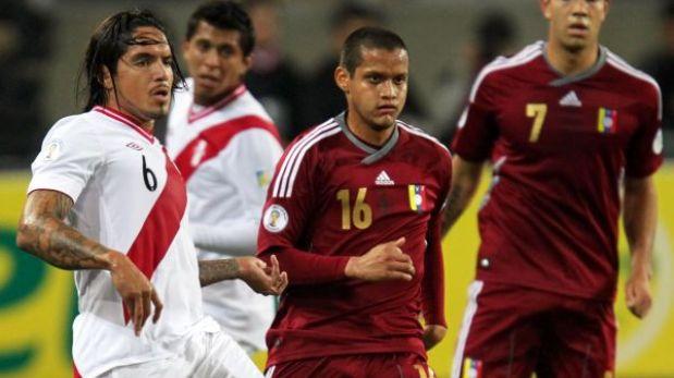 Perú-Venezuela: Claudio Pizarro sería el '9' y Paolo Guerrero iría la banca