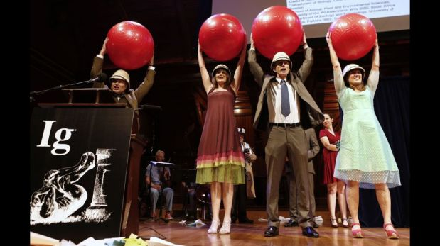 FOTOS: los descubrimientos científicos insólitos que se impusieron en los anti Nobel 2013
