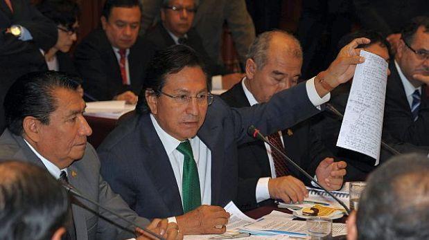 Alejandro Toledo irá con sus abogados a la Comisión de Fiscalización