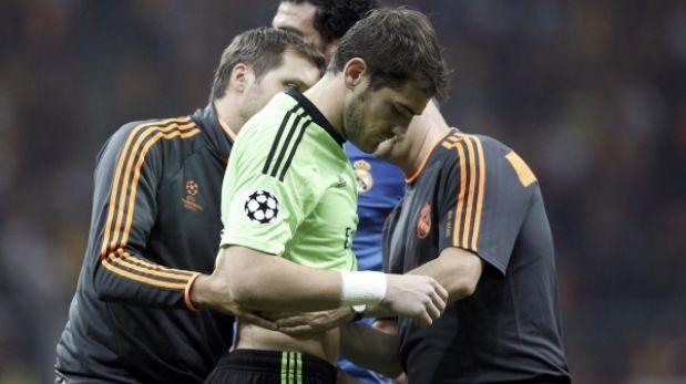 Casillas podría sufrir fisura costal por choque con Sergio Ramos
