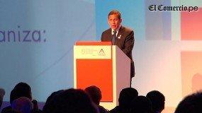 Humala se compromete a agilizar trámites que retrasan proyectos mineros en cierre de Perumin