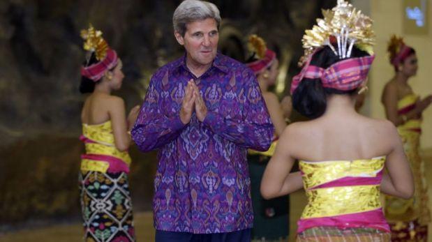 Cumbre APEC se volvió colorida con las camisas que vistieron los mandatarios [FOTOS]