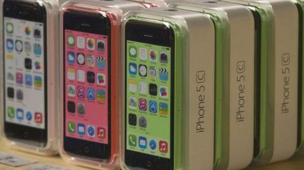 El iPhone 5C se vende ahora a la mitad de su precio inicial