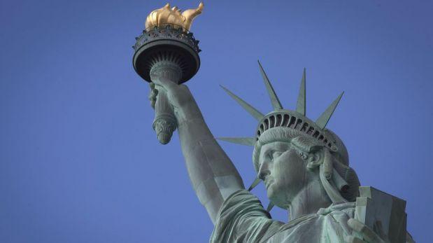 La Estatua de la Libertad fue reabierta hoy al público pese a cierre parcial de gobierno [FOTOS]