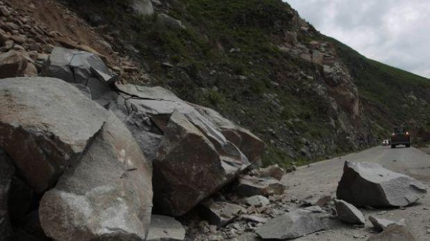 Piura: distritos de Huancabamba quedaron incomunicados por caída de rocas