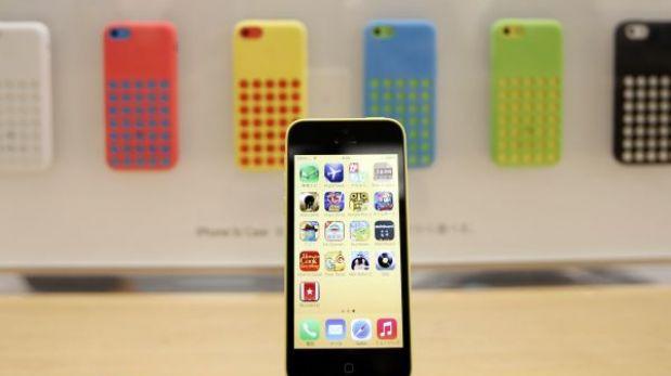 """Apple recortó pedidos de iPhone 5C y analistas hablan de """"fracaso"""""""