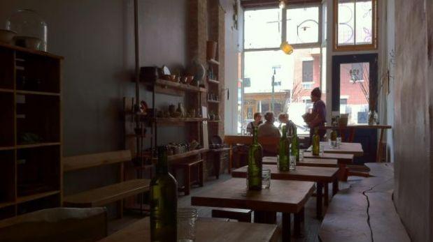 La cena muda: restaurante neoyorquino ofrece menú para comer en silencio