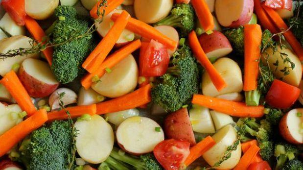 ¿Crudos o cocidos? Averigua cómo debes comer los vegetales