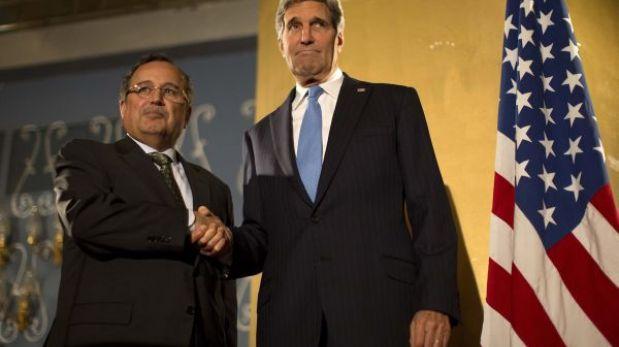 John Kerry visita Egipto para respaldar a las autoridades del gobierno interino