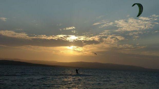 Kitesurf: conoce las mejores playas para practicarlo en el Perú