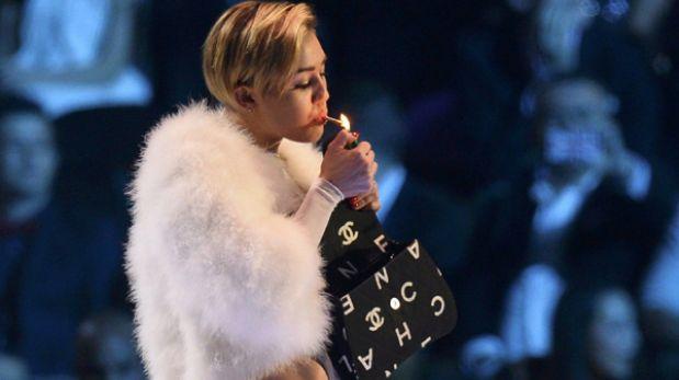 Miley Cyrus será investigada por fumar marihuana en los MTV Europa