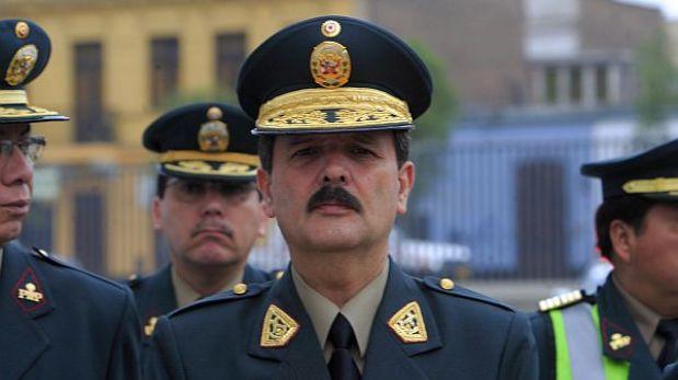 Seis altos mandos de la PNP fueron relevados por resguardo a operador de Montesinos