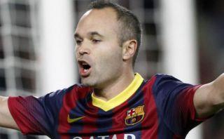 Iniesta no acepta 12 millones de euros para renovar con Barcelona
